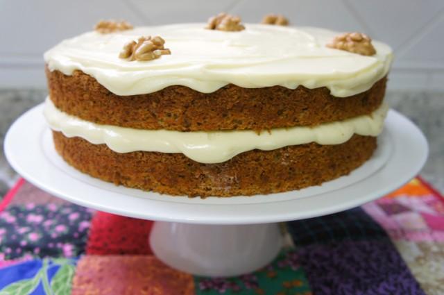Carrot Cake - Bolo de Cenoura com Nozes e especiarias post