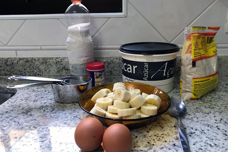 Bolinhos de Banana com Farinha de Rosca dentro do post